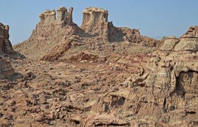 Rocas de Sal del tamaño de montañas