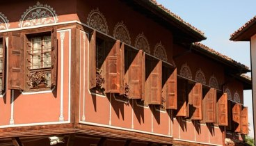 Plovdiv. Casa Balabanov. Ventanas