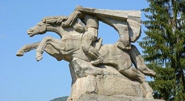 Koprivshtitsa. Monumento a la Caballería Alada