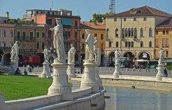 PADUA-Prato-della-Valle-(14)