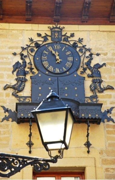 Reloj del Ayuntamiento (Laguardia)