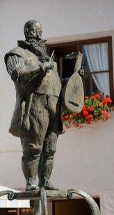 FÜssen. Monumento a los Artesanos del Laud