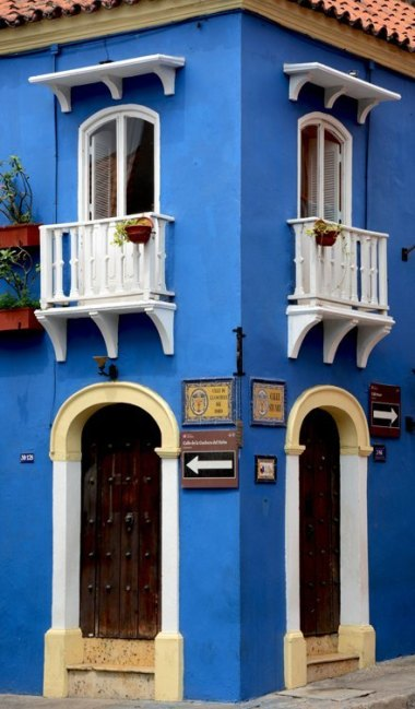 Plaza San Diego. Esquina Azul