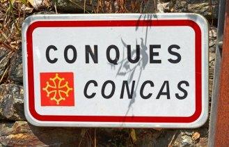 Letrero en francés y occitano