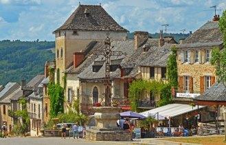 Place du Faubourg - Fuente