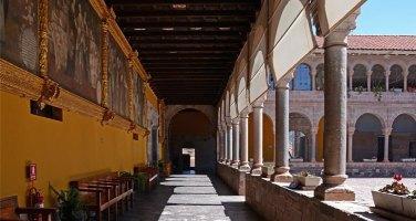 Coricancha. Deambulatorio en el Claustro del Convento de Santo Domingo