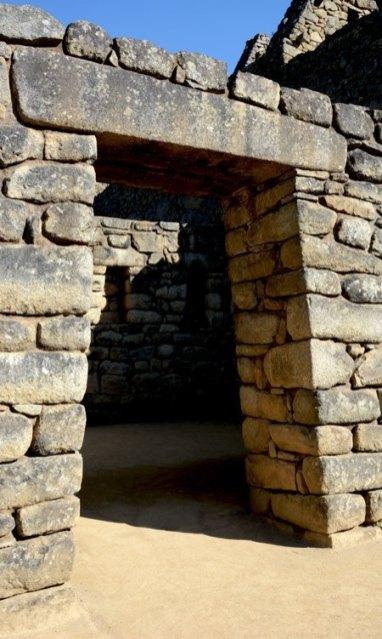 Machu Picchu. Barrio Residencial. Puerta