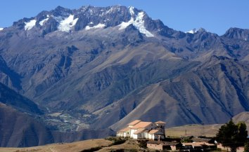 Iglesia de Maras y Valle Sagrado
