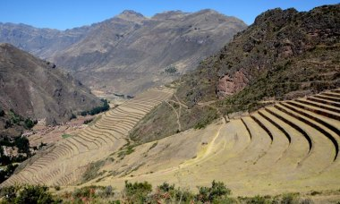 Pisac. Valle y Terrazas de Cultivo