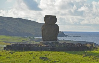 El solitario moai de Ahu Ature Huki