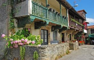 LIÉRGANES-Casas-Típicas