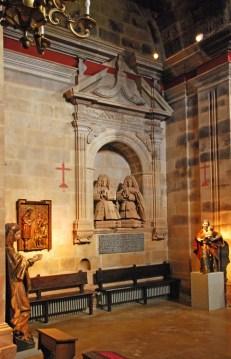 Estatuas orantes del Conde y esposa