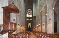 Tours - Interior de la Catedral