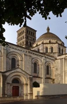 Catedral de Angulema - Abside y Campanario
