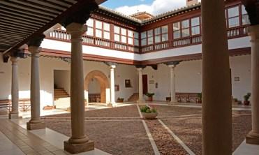 Patio del Palacio de los Condes de Valparaiso