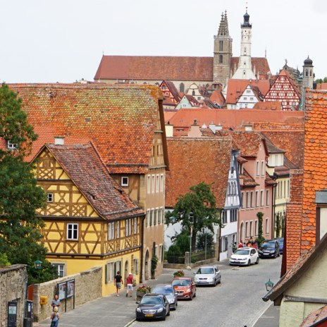 Jakobskirche y Rathausturm desde Murallas