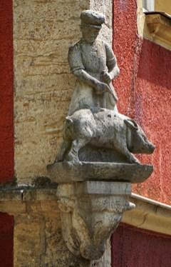Un hombre y un cerdo