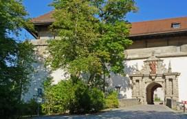 Marienberg - Puerta Acceso Exterior
