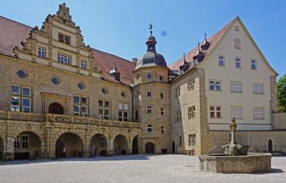 Patio de Armas (Schloss Weikersheim)