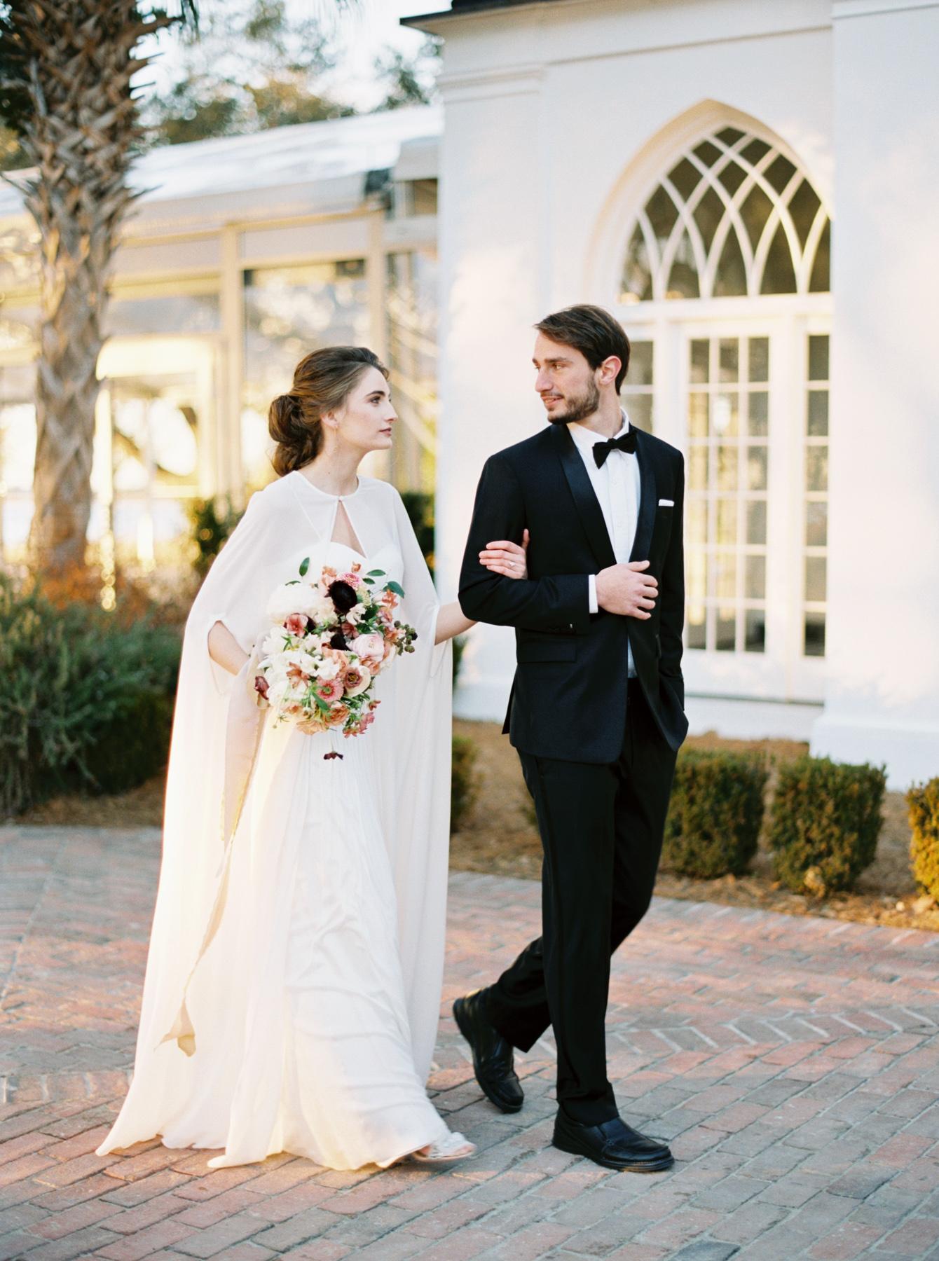 Carlos-Hernandez-Photography-Charleston-South-Carolina-SC-Lowndes-Grove-Plantation-Wedding-Photographer-Workshop-Oncewed-039