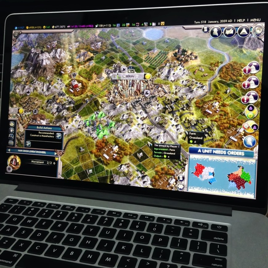 """Civilization V running on a 15"""" MacBook Pro with Retina display"""