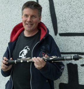 portrett av Carl Petter Opsahl med klarinett