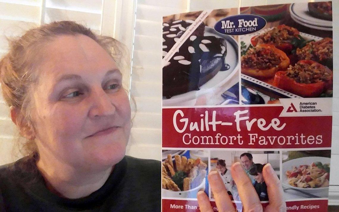 Mr. Food Test Kitchen Guilt-Free Comfort Favorites