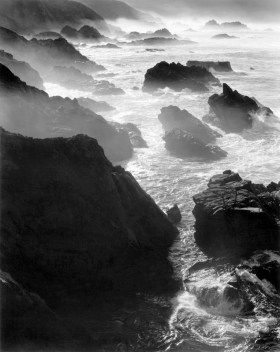 Rocks and Mist ©Alan Ross
