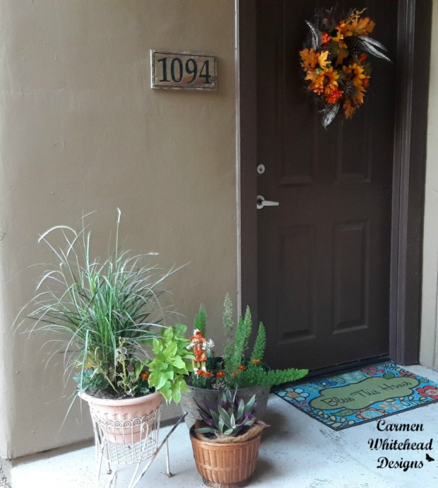 Fall Decor for a small front porch by Carmen Whitehead Designs