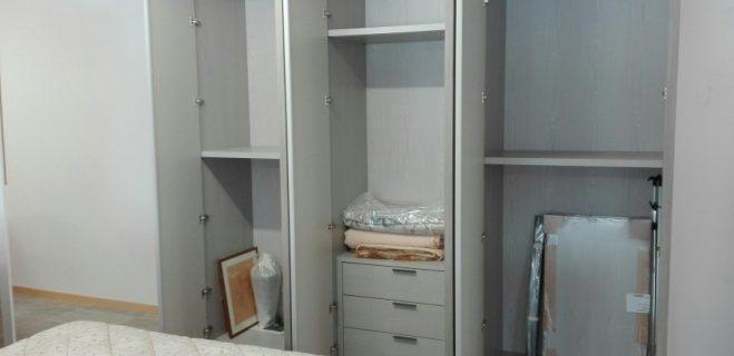 armadio battente_aperto