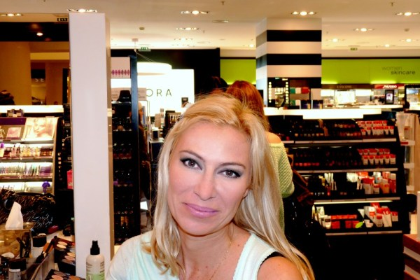 Sephora, the world's biggest beauty store! - Carnet Chic