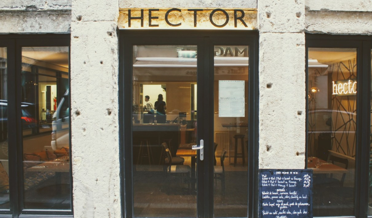 Visite, test et interview du restaurant Hector, cuisine de partage à Lyon 1er, rue Hippolyte Flandrin