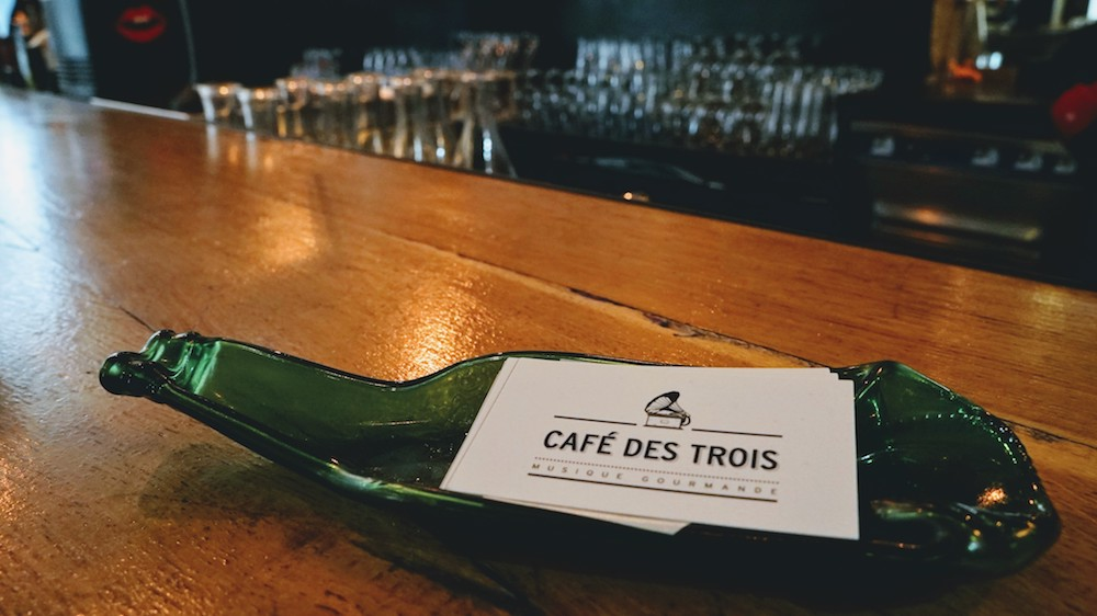 carte de visite café des trois