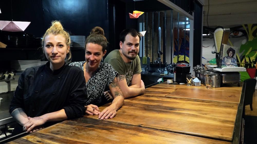 L'équipe du café des trois à lyon