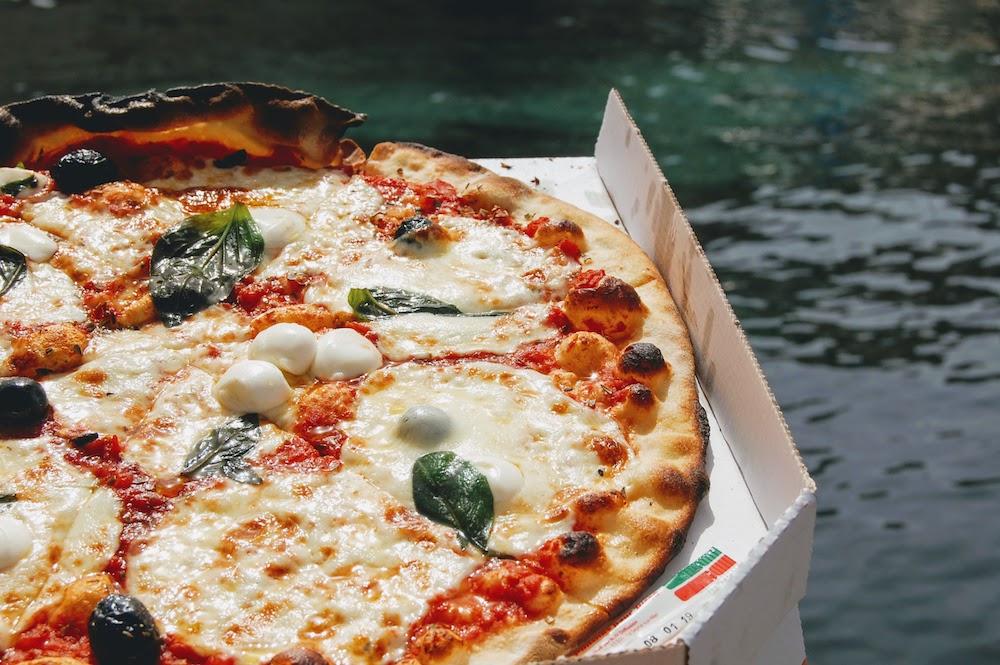 Pizzera l'eau à la bouche à Marseille