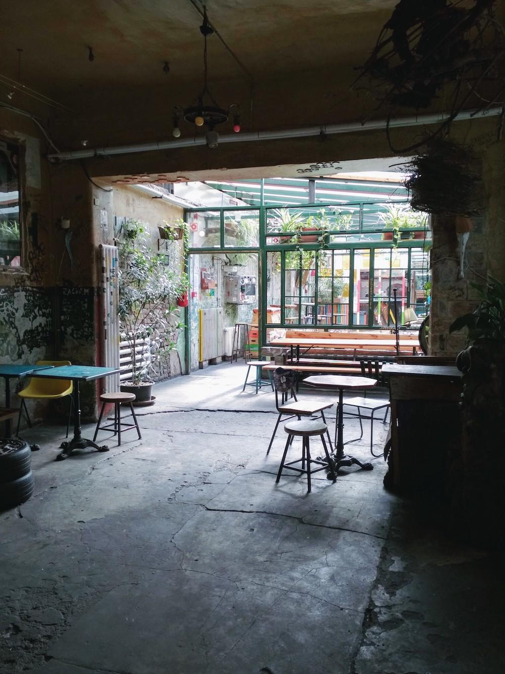 szimpla kert budapest bonnes adresses ruin bars