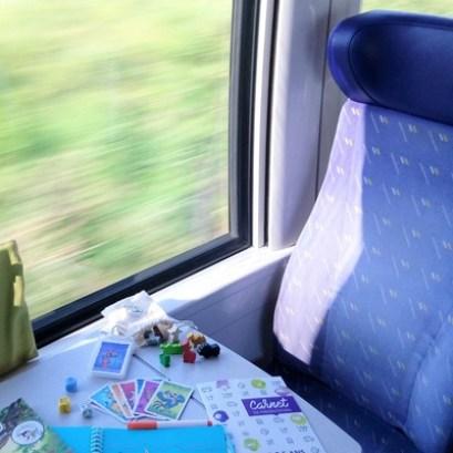 occuper ses enfants dans le train