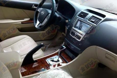 BYD 6B sedan