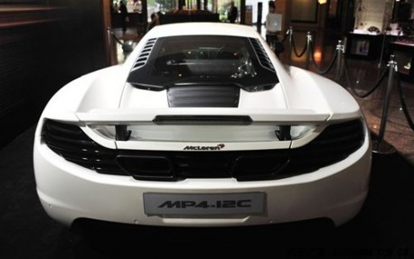 McLaren MP4-12C arrives in China