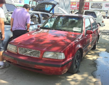 Spotted in China: Volvo 460