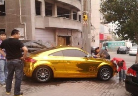 Bling! Audi TT is Gold in China