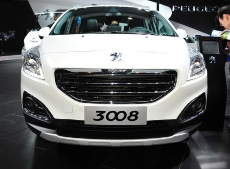 China-made Peugeot 3008 debuts at the Guangzhou Auto Show