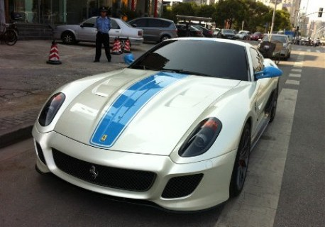 Ferrari 599 GTO in white & blue in China