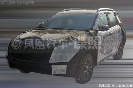 Spy Shots: new Jeep Cherokee testing in China