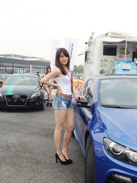 a-china-car-girls-1-2-5