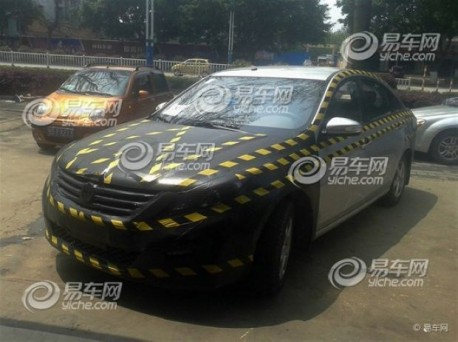 Spy Shots: Dongfeng-Liuzhou sedan testing in China