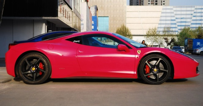 the pinkefied ferrari was created by a chinese tuning company called kurtuning based in the great city of tianjin first time we have heard of the outfit - Ferrari 458 Italia Black And Red