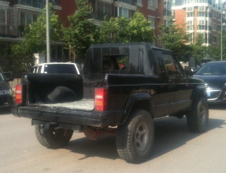 beijing-jeep-cherokee-pu-3