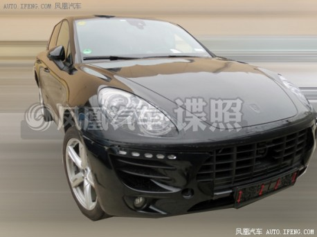 Spy Shots: Porsche Macan testing in China