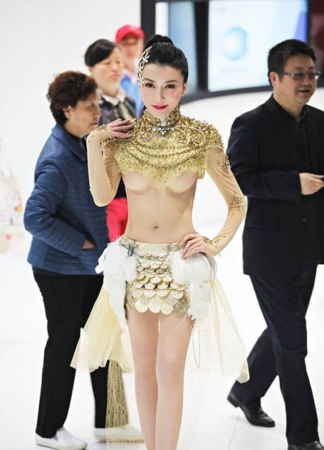 sexy-car-model-china-6